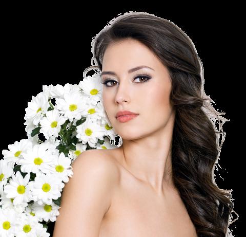 Девушки и цветы ромашки в волосах