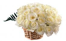 Букеты белых роз фото